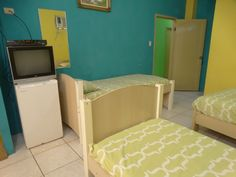 Ecuador, Wifi, Toddler Bed, Furniture, Home Decor, Swimming Pools, Hotels, Restaurants, Garage