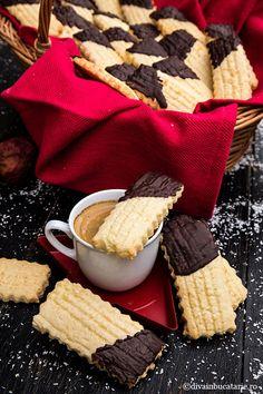 Biscotti, Picnic, Cheese, Food, Sweet Recipes, Salads, Essen, Picnics, Meals