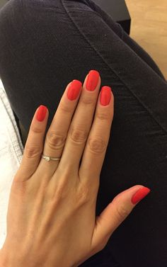 Beauty Nails – DIY nail designs # nail polish # gel nails # nail design # nail designs take a look at The Top 30 Trending Nail Art Designs Of All Season. Coral👌🏼 # nagelkär # nagelförlängning 39 cute simple nail polish art designs for summer – Fashion … Cute Nails, Pretty Nails, Pretty Nail Colors, Nail Courses, Manicure Y Pedicure, Red Manicure, Nagel Gel, Professional Nails, Nails Inc