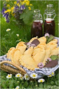 Zwiebel Käse Pasties | Hek's Kitchen