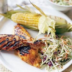 Summer meals mean taking it easy—try this Finger-Lickin' Chicken for a simple dinner. #recipes