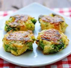 The Best Healthy Recipes: Cheesy Broccoli Bites. What a fun way to eat broccoli! These baked broccoli fritters work as a tasty snack, as a healthy lunch, or as a vegetarian dinner when served with a salad. I make them with almond meal, to keep the carbs down and keep them gluten-free, but you can use breadcrumbs instead. The serving size listed is for a snack – double it if you plan to serve these broccoli fritters as a main dish.
