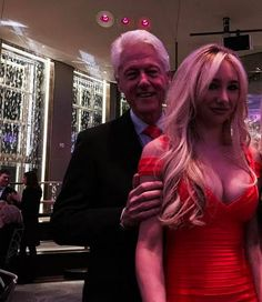 Flight logs show Bill Clinton flew on sex offender's jet much more than previously thought. AND some people want him back in the White House?!? America will be MORE of a laughing stock in the world! CLICK for whole story...