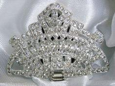 Vintage-Elegant-Classy-Art-Deco-Crystal-Rhinestone-Encrusted-Dress-or-Fur-Clip