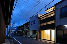 New Kyoto Town House - Picture gallery #architecture #interiordesign #façade