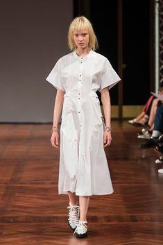 House of Dagmar Stockholm Spring 2017 Fashion Show                                                                                                                                                     もっと見る