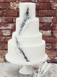 These geode wedding cakes are taking over the internet, and we're LOVING it
