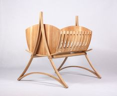 Children oak craddle with bending lamells and minimalistic design