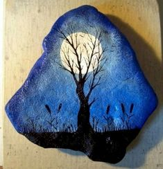 Rock Painting is a beautiful rock decorating art with colorful paint. The art of rock painting is very easy and very economical. Rock painting is perfect as a gift or used to… Continue Reading → Pebble Painting, Pebble Art, Stone Painting, Diy Painting, Pebble Mosaic, Painting Tutorials, Stone Crafts, Rock Crafts, Arts And Crafts