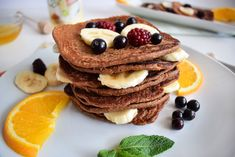 Today I've decided to show you how to make protein pancakes with bananas and oats. They are vegan pancakes, simple to make, very tasty and quite sweet Vegan Pancakes, Protein Pancakes, Banana Pancakes, Delicious Desserts, Tasty, Breakfast, Sweet, Food, Diets