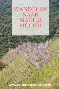 Je kunt Machu Picchu rechtstreeks bereiken met de trein en bus, maar je kunt er ook voor kiezen om Machu Picchu via een wandeling te bereiken. De klassieke Inca trail is de bekendste en meeste gewilde trail om Machu Picchu te bereiken. lke dag mogen er maximaal 500 mensen de trail op. Door dit limiet is de tour meestal maanden van te voren uitverkocht en prijzig. Gelukkig zijn er vele alternatieve routes naar Machu Picchu, welke je kunt afleggen voor het bereiken van Machu Picchu. Machu Picchu, Old And New, National Geographic, South America, City Photo, Hiking, Tours, Travel, Outdoor