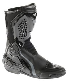 Dainese TRQ-RACE OUT AIR Boots. Dainese boots list nylon toe as part of the protection list. These look like a pretty good option. Motorcycle Safety Gear, Motorcycle Outfit, Biker Pants, Biker Gear, Riding Gear, Bike Life, Sport Bikes, High Top Sneakers, Motorbikes