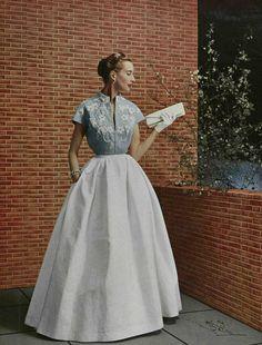 Robe du Soir 1953