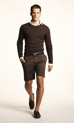 Not so much into the monochromatic look but love the rich chocolate brown color. Perfect look for fall.