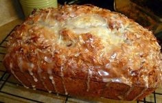Jamaican banana bread Ingredients : 2 cups all-purpose flour teaspoon baking soda teaspoon salt 1 cup granulated sugar cup butter, softened 2 large eggs 1 cups mashed ripe banana (about 3 bananas) cup plain low-fat yogurt (or pina colada flavored! Jamaican Banana Bread Recipe, Jamaican Recipes, Jamaican Cuisine, Just Desserts, Dessert Recipes, Yummy Recipes, Simply Recipes, Breakfast Recipes, Dinner Recipes