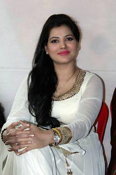 Bhojpuri Hot Actress Pic, Bhojpuri Item Girls Pic, Bhojpuri Heroine Photo, New Bhojpuri Actress Pics Bhojpuri Actress, Actress Pics, Hot Actresses, Indian Actresses, Face Pictures, Heroine Photos, Cute Beauty, Beauty Girls, Beautiful Girl Indian