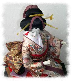 Японская интерьерная кукла 1980-х гг. Дама с чашкой чая. Японский интернет-магазине Аояма-До