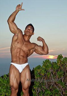 Asian Muscle Fans: Alvin Viernes