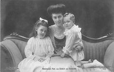 rinzessin Max von Baden mit Kindern