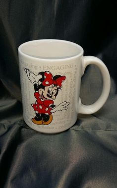 "Walt Disney Minnie Mouse Engaging Attractive White Coffee Mug Cup 4.5"" Tall"