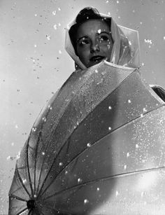 Mimi Berry modeling a raincoat Gjon Mili. Mimi Berry, Gjon Mili, Bags Online Shopping, Under My Umbrella, Parasol, Rain Wear, Life Magazine, Vintage Hairstyles, Vintage Pictures