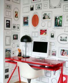 Parede de molduras falsas. | Community Post: 30 formas incríveis de decorar suas paredes sem gastar quase nada
