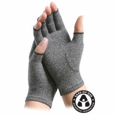 Don't give up the things you love to do because of #arthritis pain! Compression gloves from Imak are a solution. Buy them today at Ease Living.