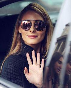 Olivia Palermo en écaille - J'adore le détail du pont au niveau des sourcils..