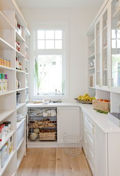 17 Awesome Pantry Shelving Ideas to Make Your Pantry More Organized Pantries are useful, but can quickly become messy and unorganized. Explore simple shelving ideas for pantry to spice up your kitchen storage and get things in order. Kitchen Pantry Design, New Kitchen, Kitchen Dining, Kitchen Decor, Dining Room, Kitchen Ideas, Funny Kitchen, Kitchen Butlers Pantry, Kitchen Counters