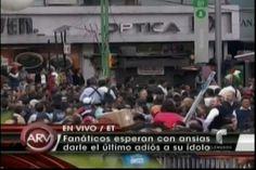 Despedida de Juan Gabriel supera las expectativas, Palacio de Bellas Artes abarrotado
