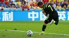 David Villa-Brazil2014-Spain vs. Australia