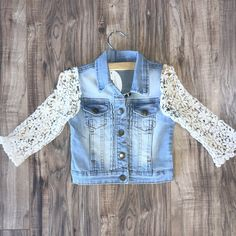 Gorgeous light wash denim Jacket from ML kids wear with ivory crochet sleeves! The perfect accessory to any outfit and perfect for year round wear! Diy Lace Jeans, Denim And Lace, Recycle Old Clothes, Diy Clothes, Jeans Refashion, Denim Vests, Denim Ideas, Denim Crafts, Altering Clothes