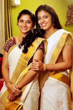 kerala ladies in traditional saree