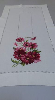 Table Runner, it!s perfect in every way. Cross Stitch Borders, Cross Stitch Rose, Cross Stitch Flowers, Modern Cross Stitch, Cross Stitching, Cross Stitch Patterns, Ribbon Embroidery, Cross Stitch Embroidery, Cross Stitch Silhouette