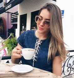 Bom dia!! Começando o dia com aquele cafezinho ☕️ @Scarlettprado de #Chloe #Carlina  #chloecarlina #envyotica