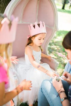 Manicures at a Princess-themed party? Too cute!