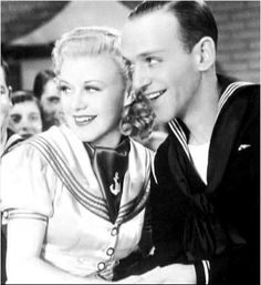 Fred Astaire and Ginger Rogers Love this shot of them! Old Hollywood Stars, Old Hollywood Glamour, Golden Age Of Hollywood, Vintage Hollywood, Classic Hollywood, Classic Actresses, Classic Movies, Hollywood Actresses, Actors & Actresses