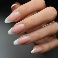 Автор - Just French, that's it! Wish all of you fantastic weekend ❤… Cute Acrylic Nails, Cute Nails, Pretty Nails, Sculptured Nails, Pointed Nails, Girls Nails, Dream Nails, Stylish Nails, Mani Pedi
