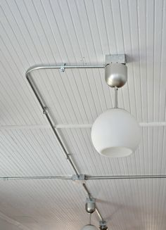 Industrial exposed lighting pkan to gi in gym? frugal farmhouse design