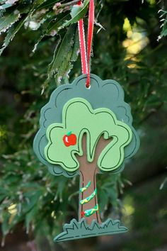 Day 2 - Garden of Eden - an apple and a snake (wooden tree with puff paint) Jessie Tree Ornaments, Puff Paint, Christmas Crafts, Christmas Ornaments, Wooden Tree, Tree Crafts, Epiphany, Ministry, Apples