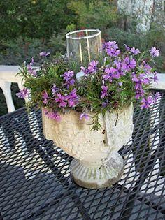 Garden Decor - wanna do this in the spring!