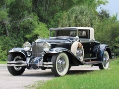 Classic 1929 Cord for sale Sarasota, Florida. Cord 1929 cabriolet, dark blue over brand-new beige leather and beige top, Lycoming straight-ei Sarasota Florida, Vintage Cars, Antique Cars, Old Fashioned Cars, Cool Old Cars, Windshield Washer, Beige Top, Daily Pictures, Street Rods