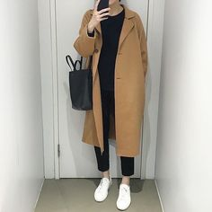 ➰Raw Cut Wool Coat➰ available ‼️ available ‼️ Khaki available ‼️ Enjoy OFF with the code at checkout! Don't miss your chance again! Korean Winter Outfits, Winter Outfits For Teen Girls, Outfits Winter, Korean Outfits, Casual Outfits, Korean Clothes, Look Fashion, Hijab Fashion, Korean Fashion