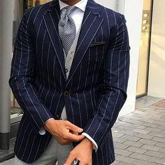 #GBespoke Dapper outfit courtesy of @r3zap3rz    Gentleman's Bespoke inspiration   #gentlemansbespoke #gent #Inspirationsstyle #Inspirationsluxury #suits #tie #suitandtie #mensfashion #menstyle #menswear #bespoke #stylegram #styleformen #class #classymen #moderngentleman #moderndaygent #gentswear #gentlemansfashion #menwithclass #wristgame #wristwear #armcandy #classy #dapper #debonair #ootd #style https://ru.pinterest.com/AlyTseev/