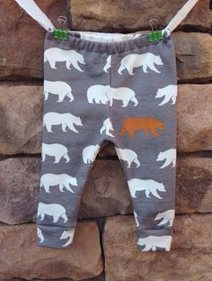 Hey, I found this really awesome Etsy listing at https://www.etsy.com/pt/listing/201436946/gray-bear-leggings-baby-leggings-baby