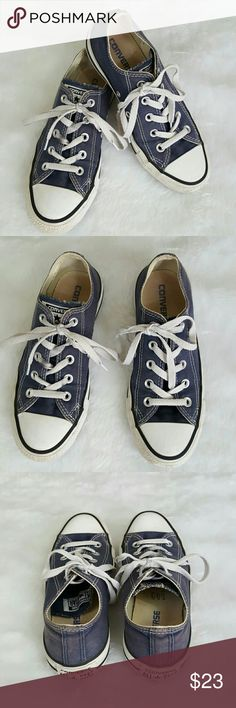 Converse all Stars low top sneakers Great used condition size 6 women's size 4 men's Converse Shoes Sneakers