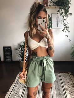 LF Comprinhas   Home   Página inicial Mode Outfits, Trendy Outfits, Summer Outfits, Girl Fashion, Fashion Looks, Fashion Outfits, Womens Fashion, Estilo Hipster, Look Con Short
