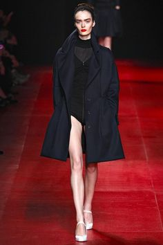 See the complete Nina Ricci Fall 2013 Ready-to-Wear collection.
