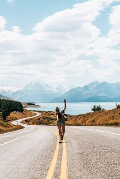 travel destinations new zealand Mount Cook, Neuseeland. Europe Travel Tips, Packing Tips For Travel, Travel Goals, Travel Hacks, Best Places In Europe, Places To Travel, Places To Go, Destinations D'europe, Europe Continent