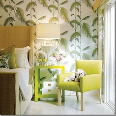 Somehow this wallpaper works for me... really like this whole look. Think tropical!